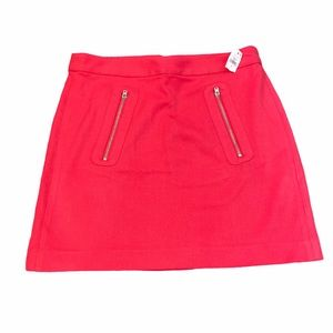 NWT Pink back zipper skirt with pockets